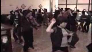 Circle Cha Cha Fun2Dance Line Dance