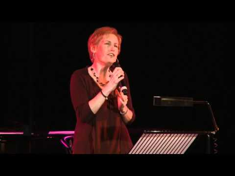 Liz Callaway sings Pasek and Pauls Middle of a Moment from James and the Giant Peach