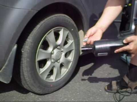 Как самому поменять колесо.