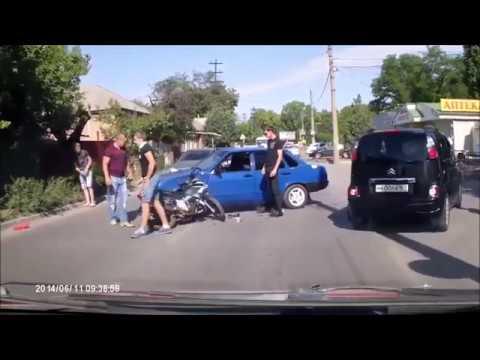 IDIOT DRIVERS CRAZY FUNNY DRIVING FAILS