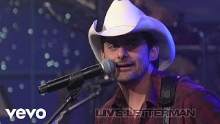 Brad Paisley - I'm Gonna Miss Her (Live on Letterman)