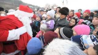 Moș Crăciun la Pungești   27 – 12 – 2013
