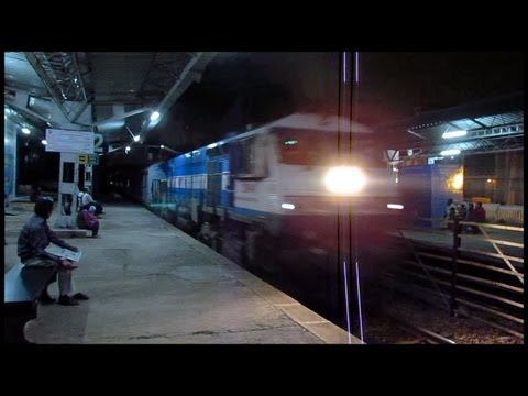 Finally : Roaring KJM WDP4 20040 with Bangalore Rajdhani express !!