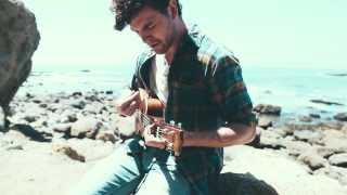 "Vance Joy - ""Snaggletooth"" [Acoustic]"
