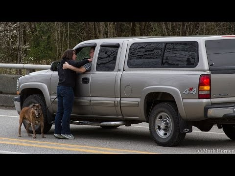 Oso Mudslide: Woman learns her friends are alive