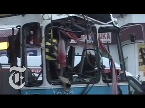 Aftermath of Volgograd Bus Bombing Today - Russia 2013 News