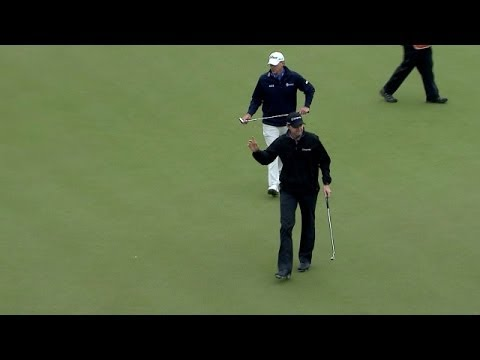 Jimmy Walker rolls in a 13-foot putt for eagle at Shell