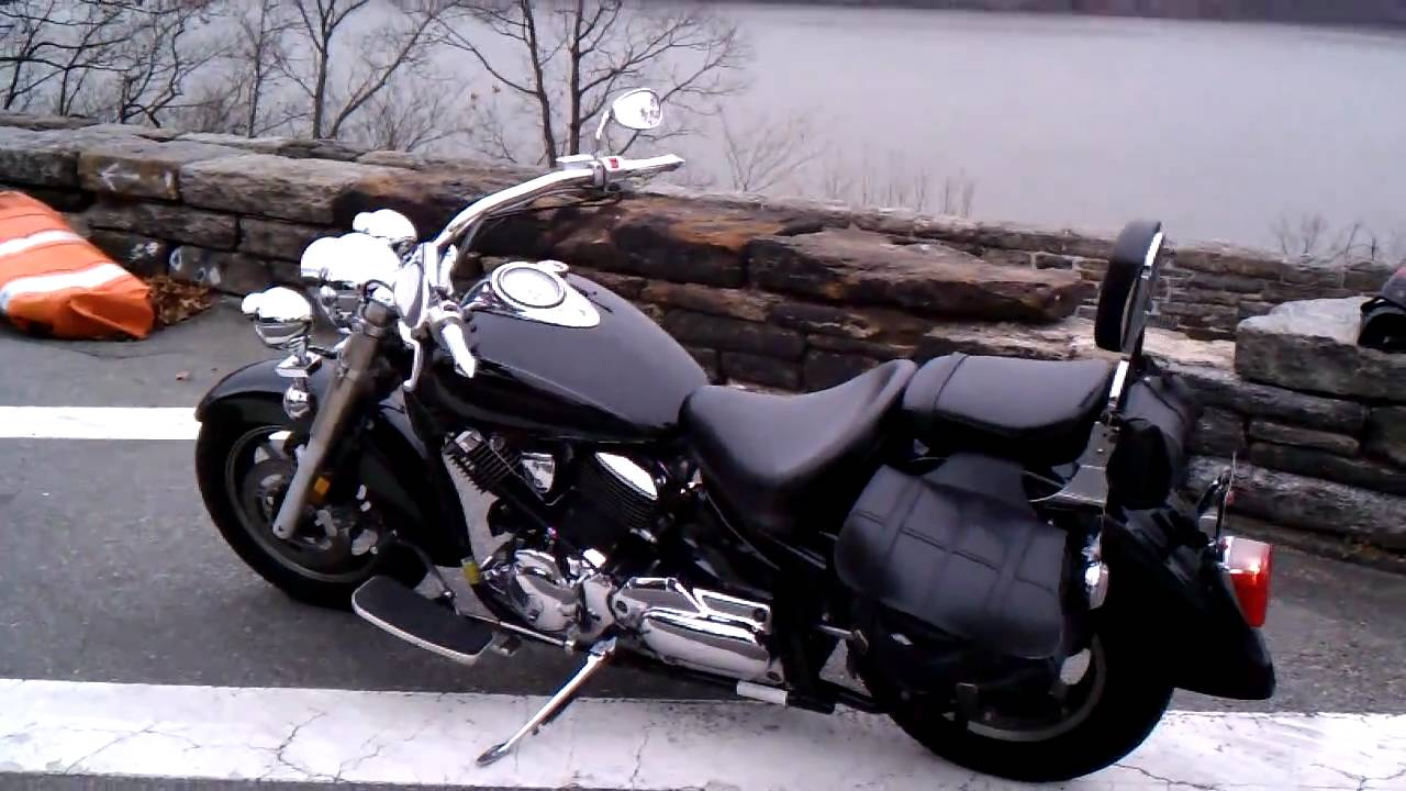 my 2004 yamaha v star 1100 classic youtube. Black Bedroom Furniture Sets. Home Design Ideas