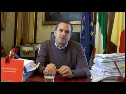 De Magistris a Renzi: