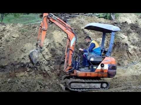 Lucrari cu miniexcavator