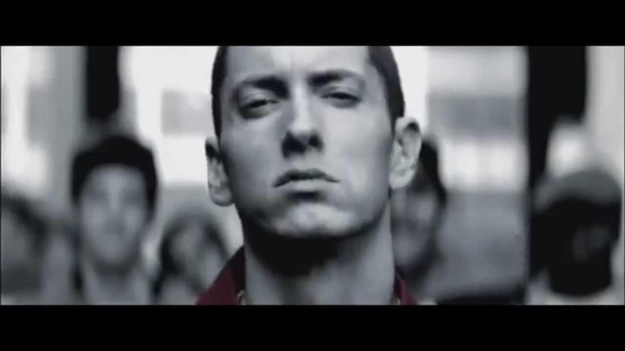 Eminem - Love The Way You Lie ft Rihanna - YouTube