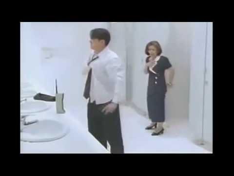 Cách xử lý khi đi nhầm vào nhà vệ sinh của nữ