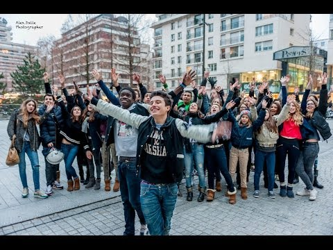 Pharrell Williams - Happy ( WE ARE FROM BOULOGNE BILLANCOURT )