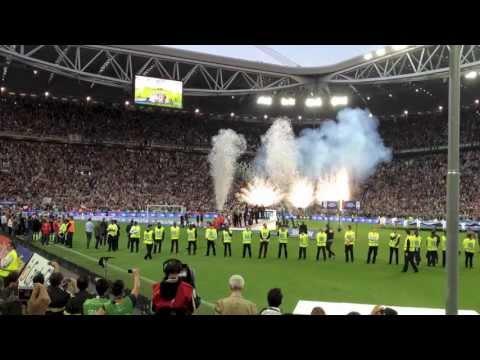 Juventus Premiazione Serie A 2012 2013 1280x720̀