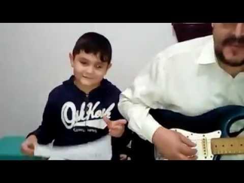 Vídeo Músicos, Pai e Filho pedem ajuda ao Cantinho Fraterno em vídeo