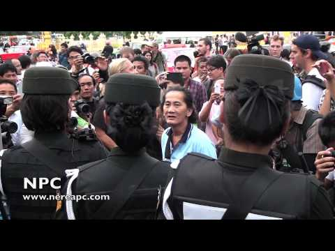 Thailand: Anti-coup protesters at Bangkok's Victory Monument 27.05.2014 V2