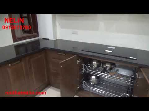Tủ bếp gỗ sồi mỹ sơn màu cánh gián