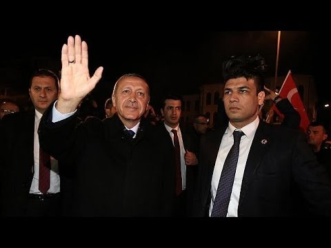 Prime Minister Recep Tayyip Erdogan takes early lead in local elections - reports