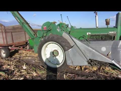 Oliver 880 corn picker