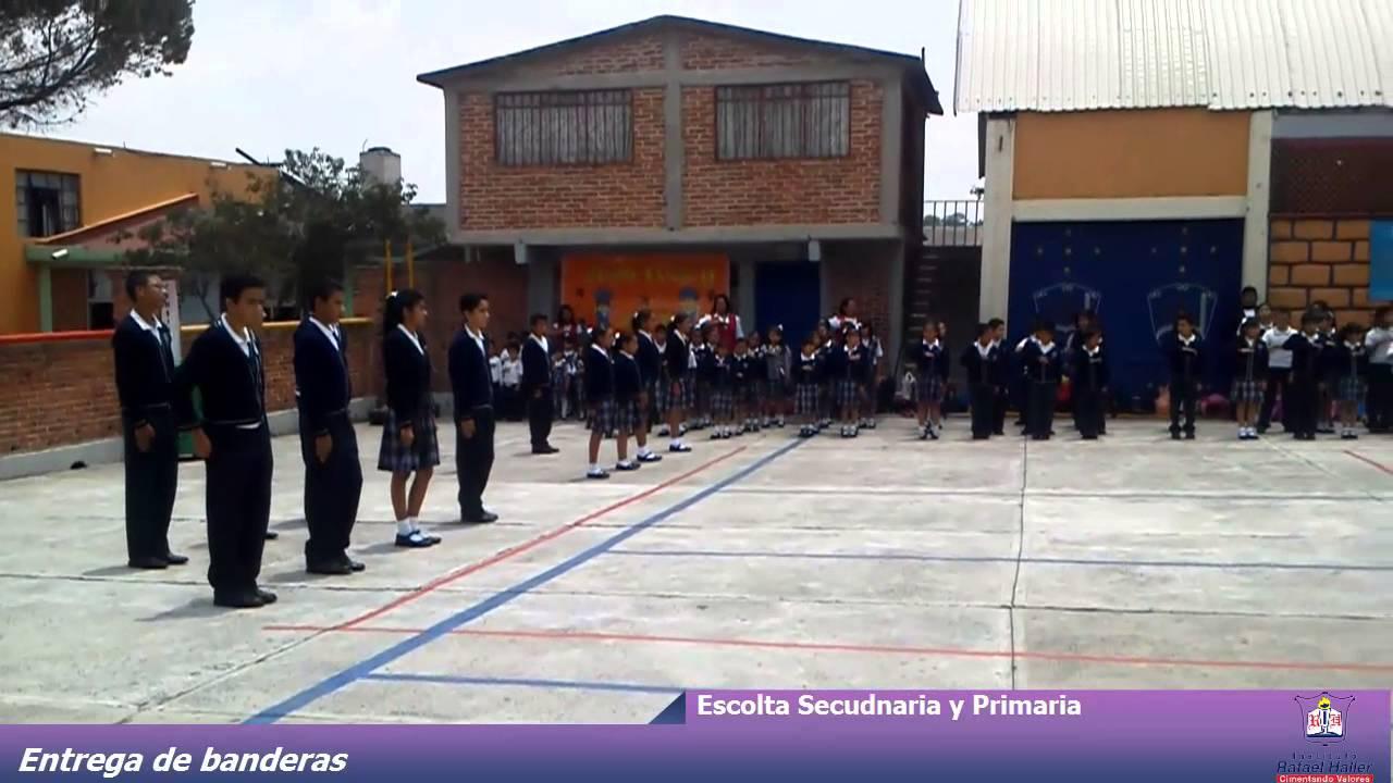 Centro Escolar Triana Cambio de escoltas 2012 - YouTube