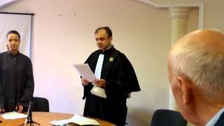 Agentul bătăuș de la Bercut a fost absolvit de răspundere a doua oară