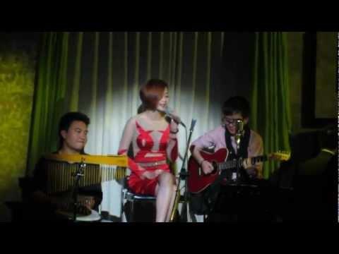 ca khúc mới Phương Uyên- Thiều Bảo Trang