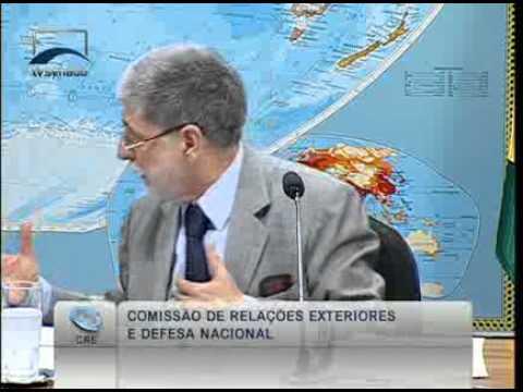 Min. da Defesa Celso Amorim  comenta os recursos que serão investidos em projetos do Exército