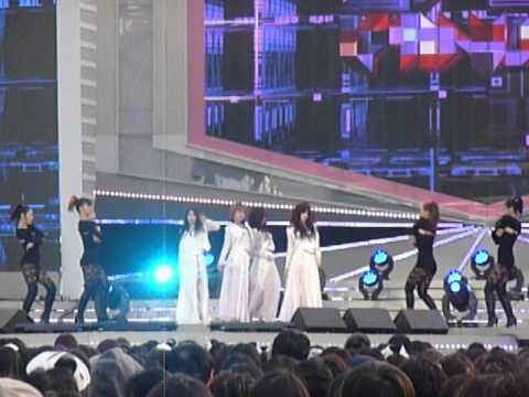 120414 - 4 Minute - Volume Up @ KBS 5haring Hope Festival/L0VE R3QUEST [fancam]