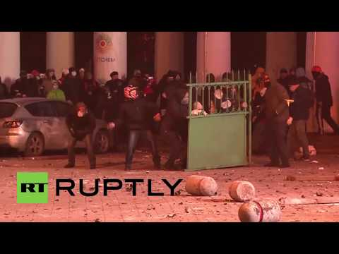 Protesters launch missiles in brutal clashes in Kiev