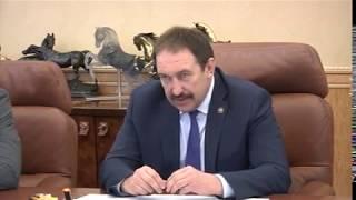 سفير مصر بموسكو يلتقى رئيس وزر...