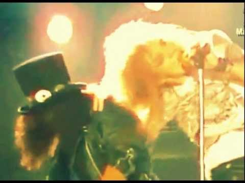 Guns N' Roses - Welcome To The Jungle (Official video)