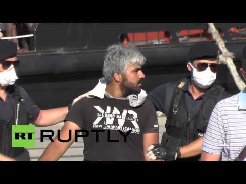 Italy: Migrants suffocate on board ship striving to reach Europe