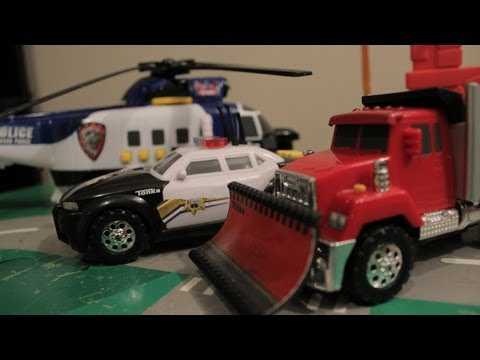 HOT WHEELS MONSTER TRUCKS Police Car RACE Helicopters! BIG JUMPS! KIDS Toys and Imagination