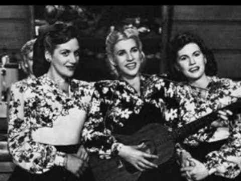 The Andrews Sisters - Rum and Coca Cola online metal music video by THE ANDREWS SISTERS