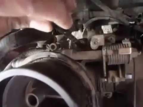 Nissan Tsuru, vibra mucho estando en marcha minima y se quiere apagar.