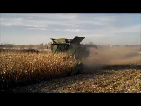 John Deere S680 Combine & 612C Corn Head Demo