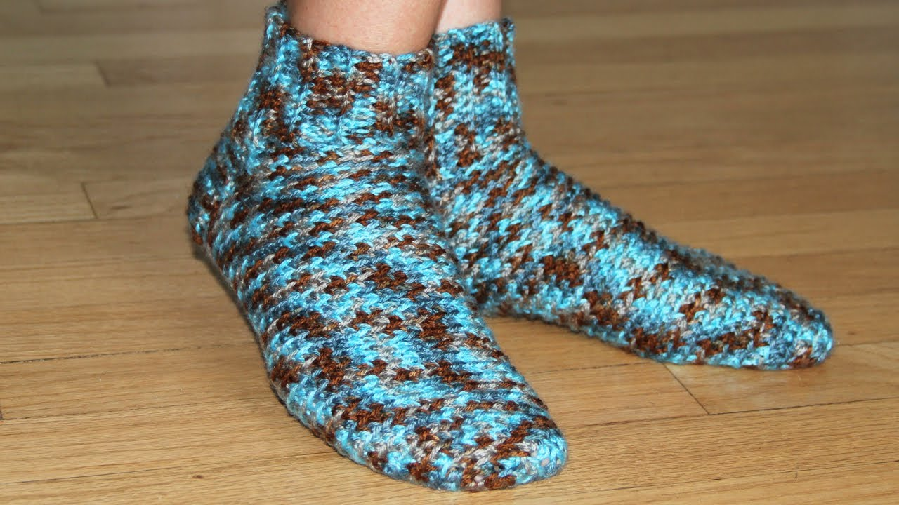 How to crochet socks - video tutorial for beginners - YouTube