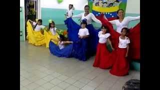 """Baile Tradicional De Venezuela """"EL PAPAGALLO"""""""