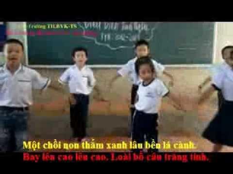 LÊ TẤN ĐỨC - KARAOKE - TIENG HAT BAN BE MINH - LỚP 3D