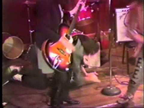Dancing Cigarettes - Broken Windows (Live, 1980)
