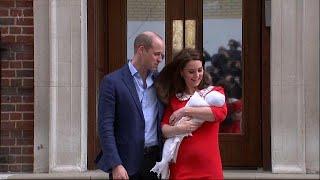 العائلة الملكية البريطانية تكشف عن الصور