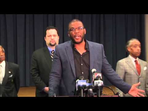 Tyler Perry Offers $100K Reward in Fla. Case