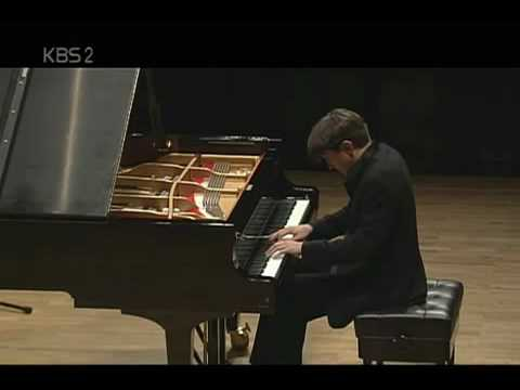 Freddy Kempf plays Beethoven's Pathetique Sonata in C Minor, 1st Movement