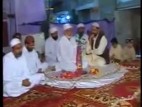 Zakreen part 2 Welcome of Syed Sakhi Abdul Hafeez Shah R.A at Tando Wali Muhammad hyderabad in 1990.