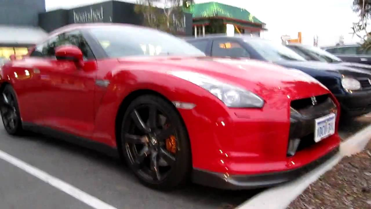 red nissan gtr r35 youtube. Black Bedroom Furniture Sets. Home Design Ideas