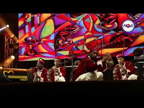 لقطات مثيرة من رقصة ڭناوة لفرقة لمعلم