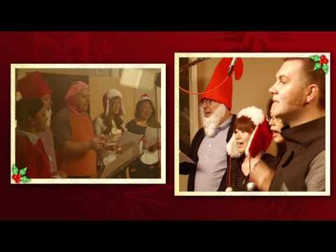 Christmas Caroling With Amy Poehler Christmas Caroling w/ Amy