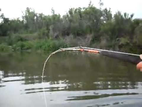 Вываживание сома - Рыбалка на сома