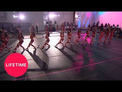 Bring It!: Stand Battle: Dolls vs. Champagne Girls, Championship Round (S4, E6) | Lifetime