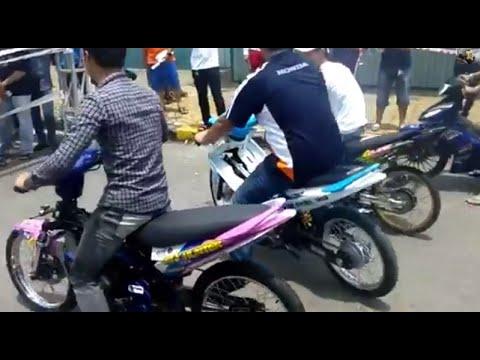Màn thoát loạn của dàn Xế Độ & Exciter tại Motobike Fest 2014 (SVĐ Phú Thọ)